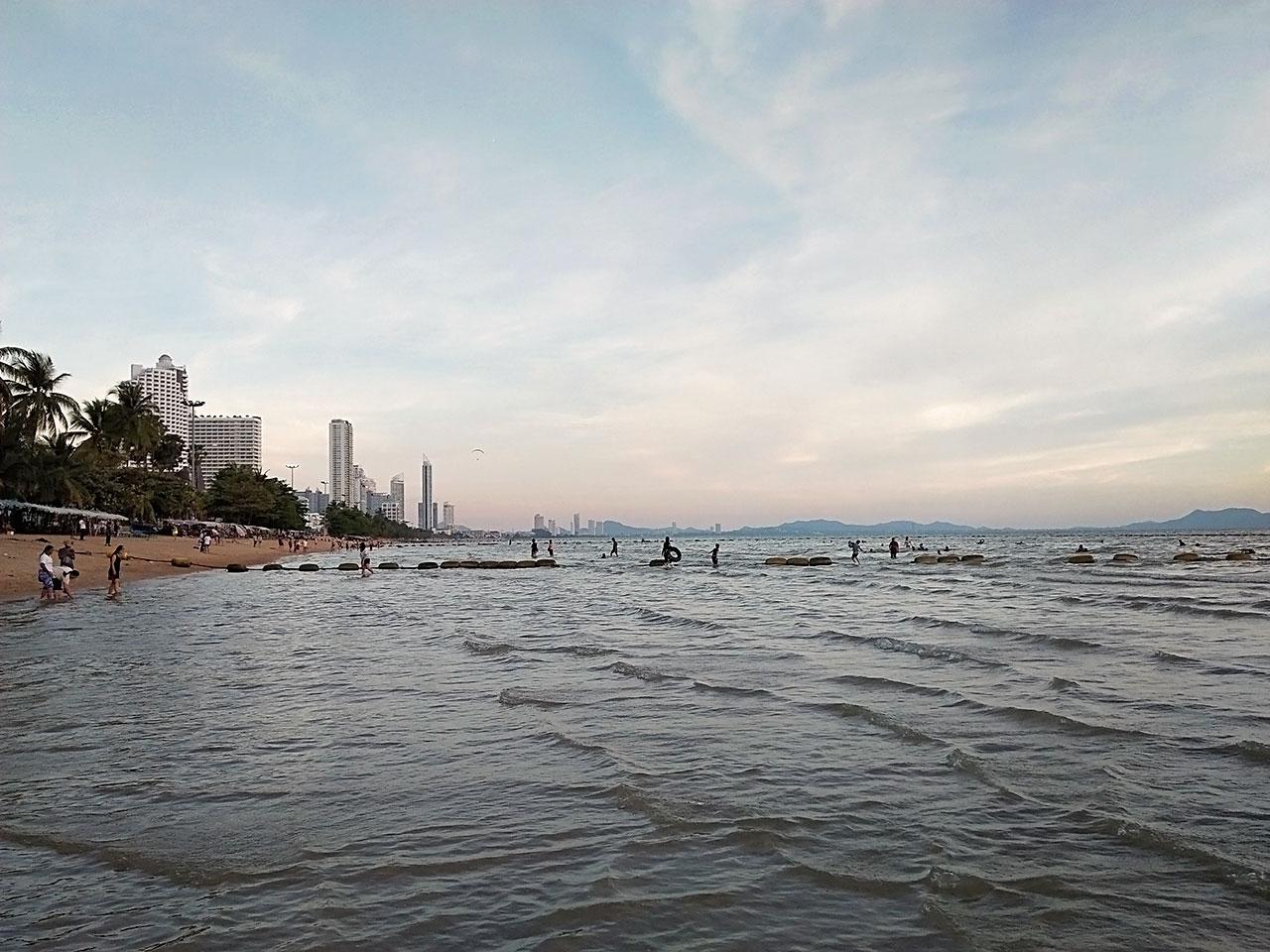 หาดจอมเทียน พัทยา ชลบุรี