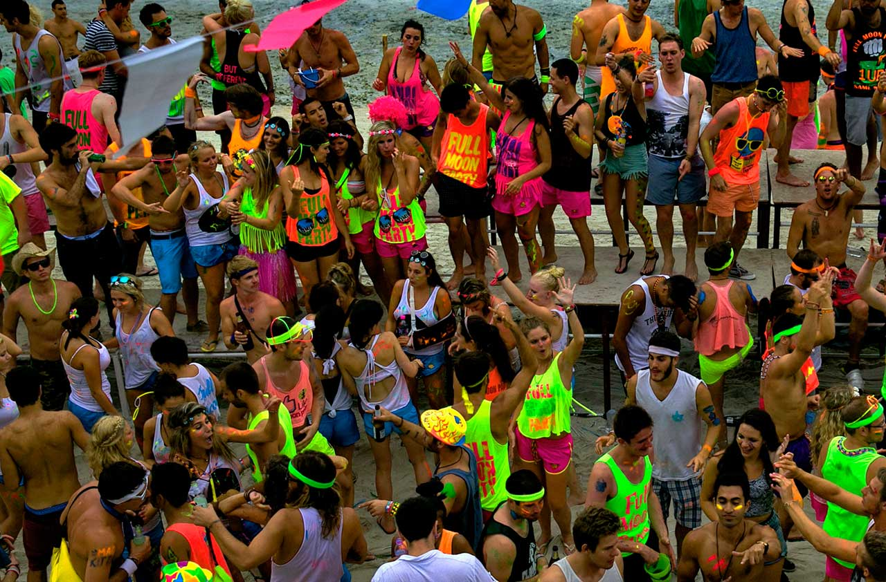 Full-Moon-Party-Koh-Phangan-Thailand-Samui